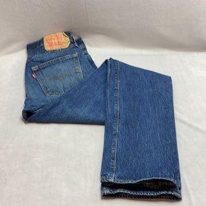 Levi's 501 Straight cut medium wash jeans 32/34